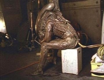 alienezpihen2nov8