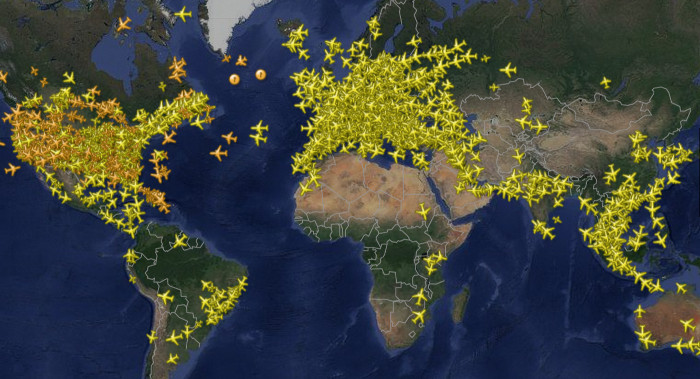 every_airplane_flightradar_040614