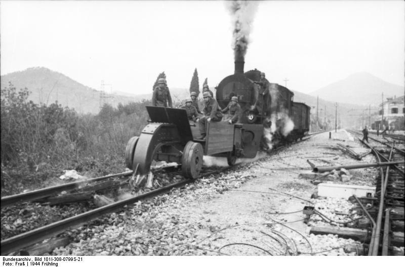 1944_german_rail_wolf