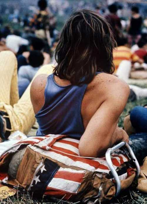 Photos-of-Life-at-Woodstock-1969-11