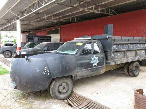 mexico_drug_trafficking_cars_041014_3