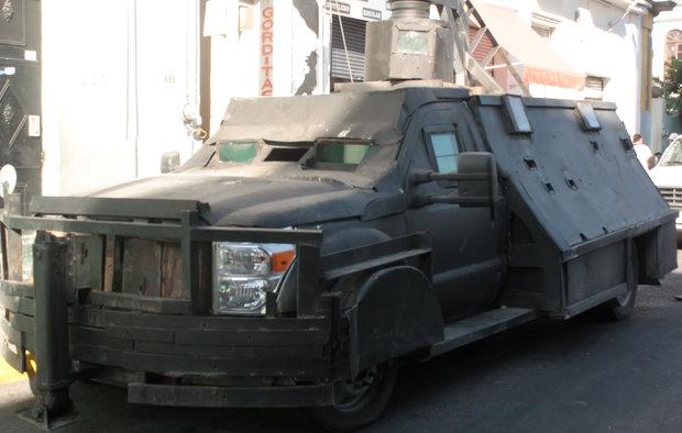 mexico_drug_trafficking_cars_041014_4b