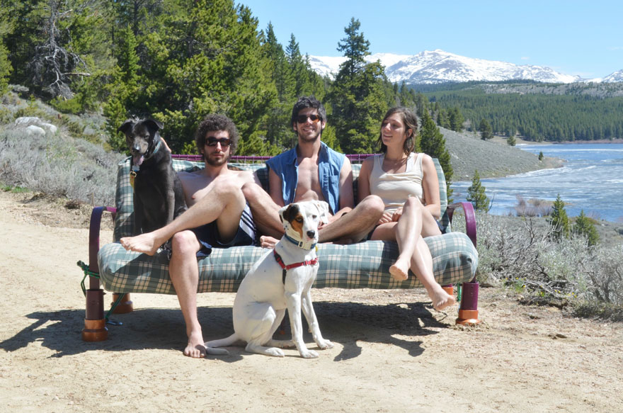 three-friends-two-dogs-one-futon-roadtrip-photos-14_021014