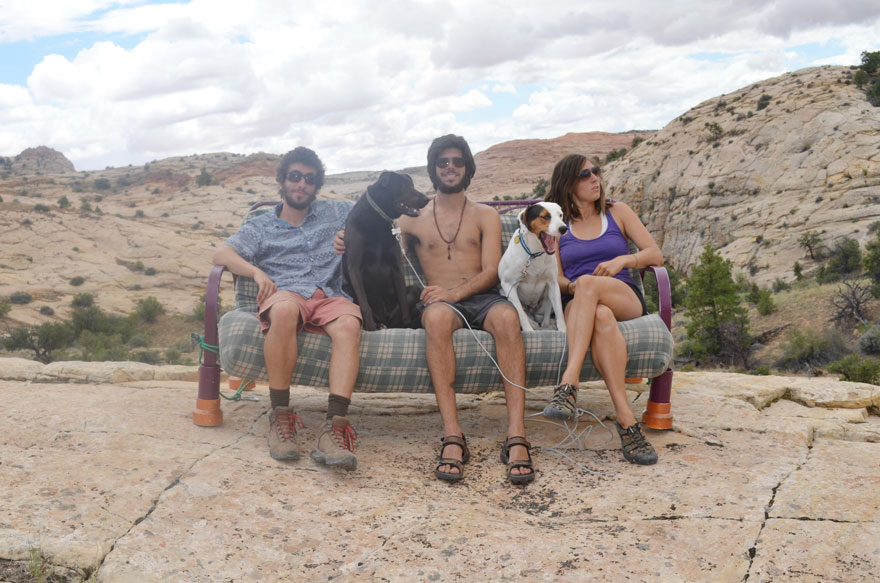 three-friends-two-dogs-one-futon-roadtrip-photos-2_021014