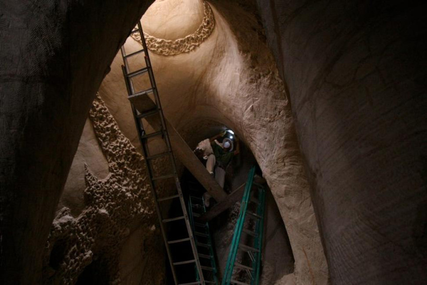 carved-cave-6_301114