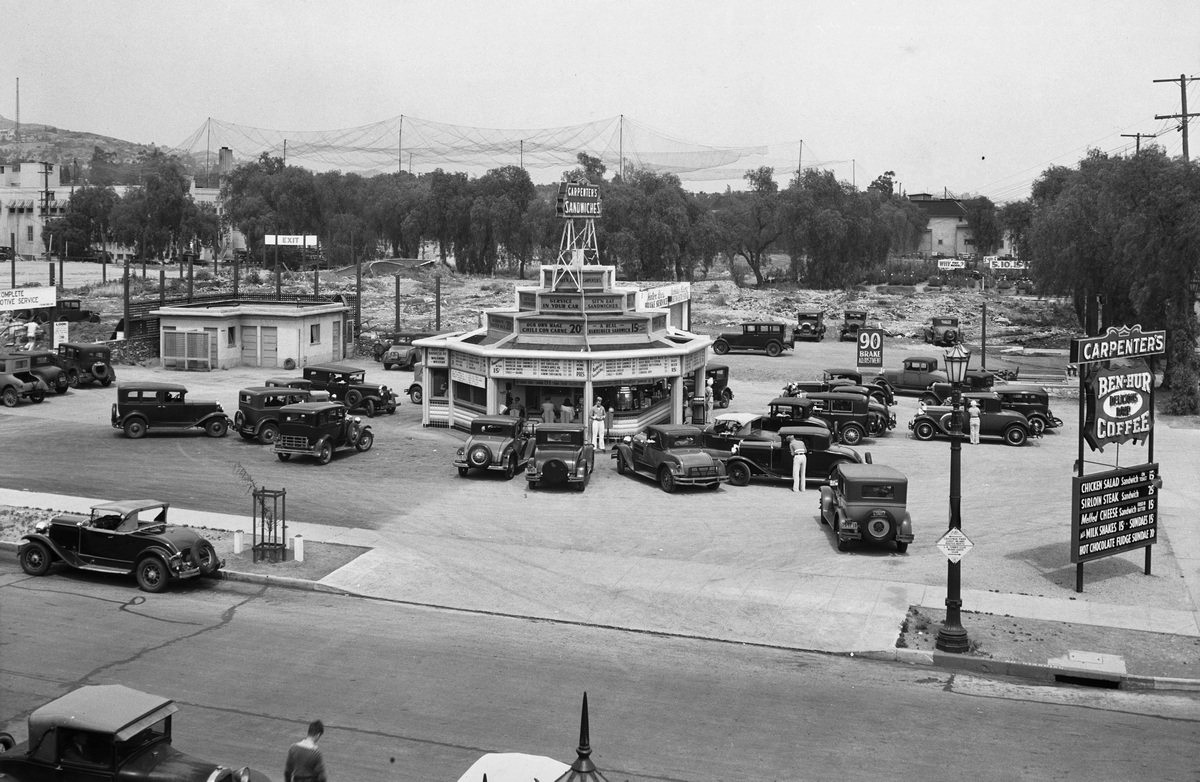 Drive-In restaurant on West Sunset Boulevarde, Los Angelesben,1932