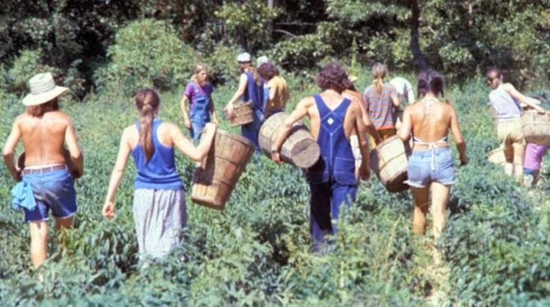 America's+1970s+Hippie+Communes+(12)