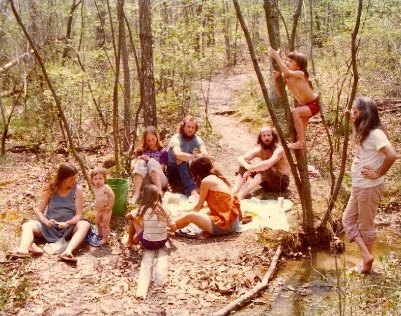 America's+1970s+Hippie+Communes+(16)