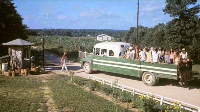 America's+1970s+Hippie+Communes+(2)