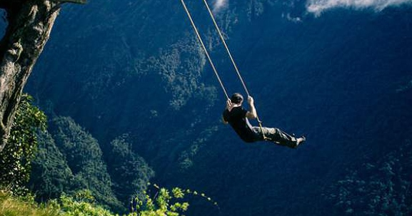 swing-end-of-the-world-ecuador-cliff-1sm
