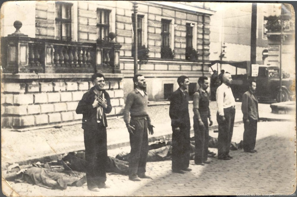 1944 Two seconds before execution - Polish resistance members, Warsaw Uprising 1944