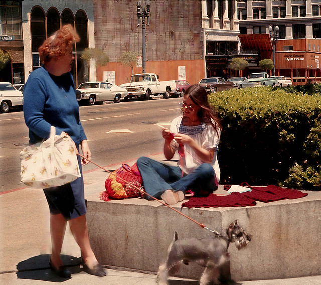 Street Life of Americans in The 1970s (1)