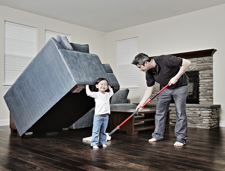 father-photographs-his-kids-in-creative-ways11