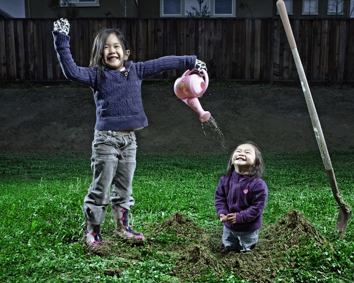 father-photographs-his-kids-in-creative-ways12