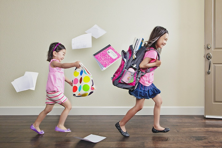 father-photographs-his-kids-in-creative-ways7