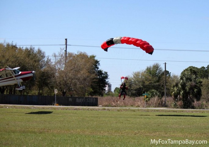 skydiver-and-airplane-collision-3