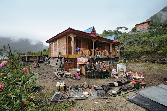Lhoba home in Motuo County, Tibet Autonomous Region