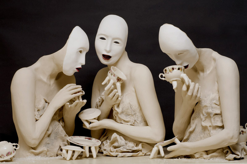 creepiest-tableware-ever-ronit-baranga_17