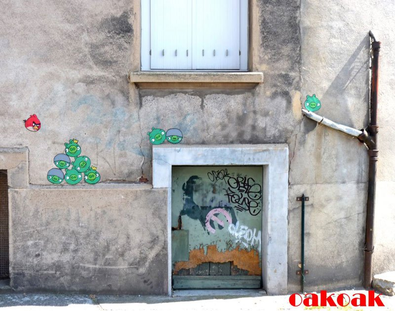 cool-street-art-from-paris-oak-oak-part2-16