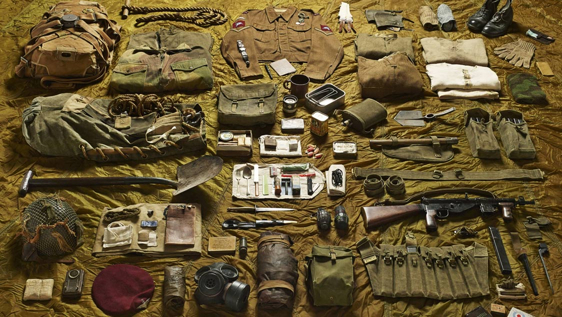 10-what-soldiers-wore-and-carried-in-war-from-the-middle-ages-to-today-lance-corporal-parachute-brigade-battle-of-arnhem-1944