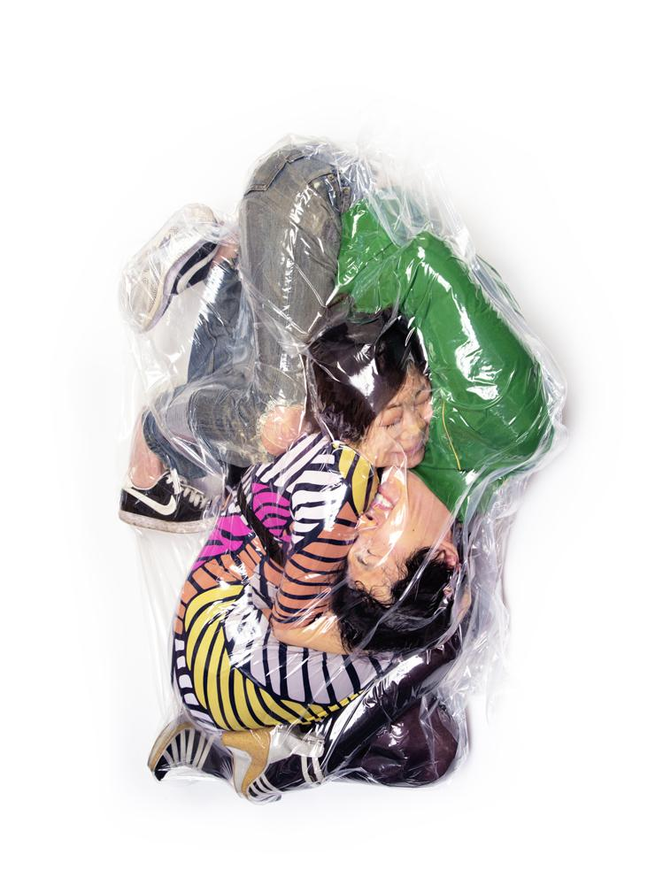vacuum-packed-japanese-couples-8