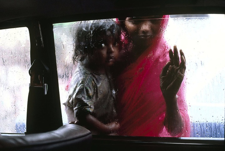 amazing-photos-of-faraway-places-by-steve-mccurry-11