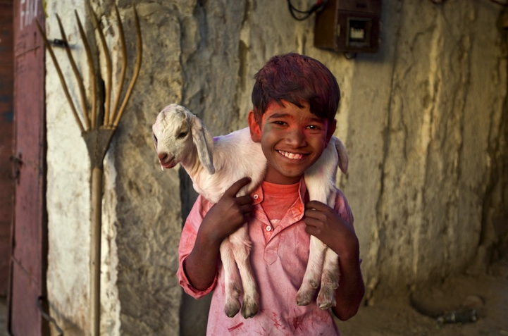 amazing-photos-of-faraway-places-by-steve-mccurry-12