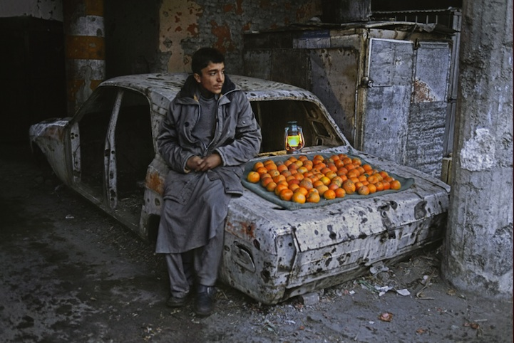 amazing-photos-of-faraway-places-by-steve-mccurry-3