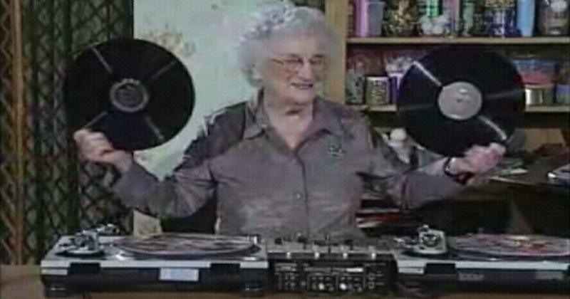 granny-dj-set-tutorial-grandma