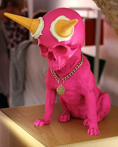skull-dogs-weird-sculptures-1