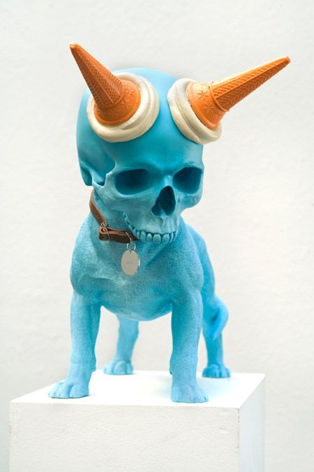 skull-dogs-weird-sculptures-5