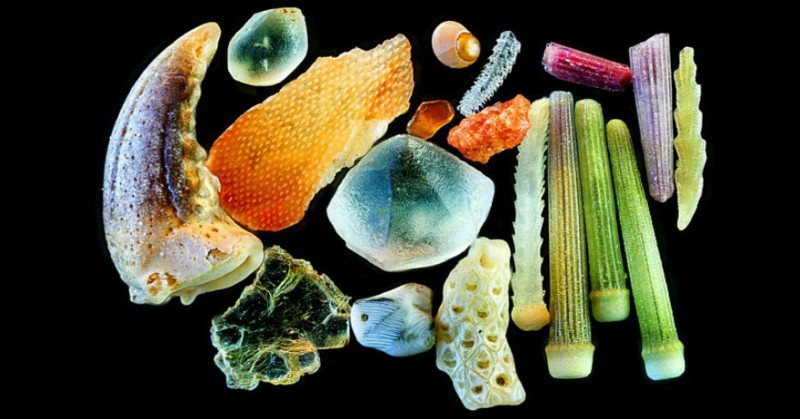 sand-grains-under-microscope-fb