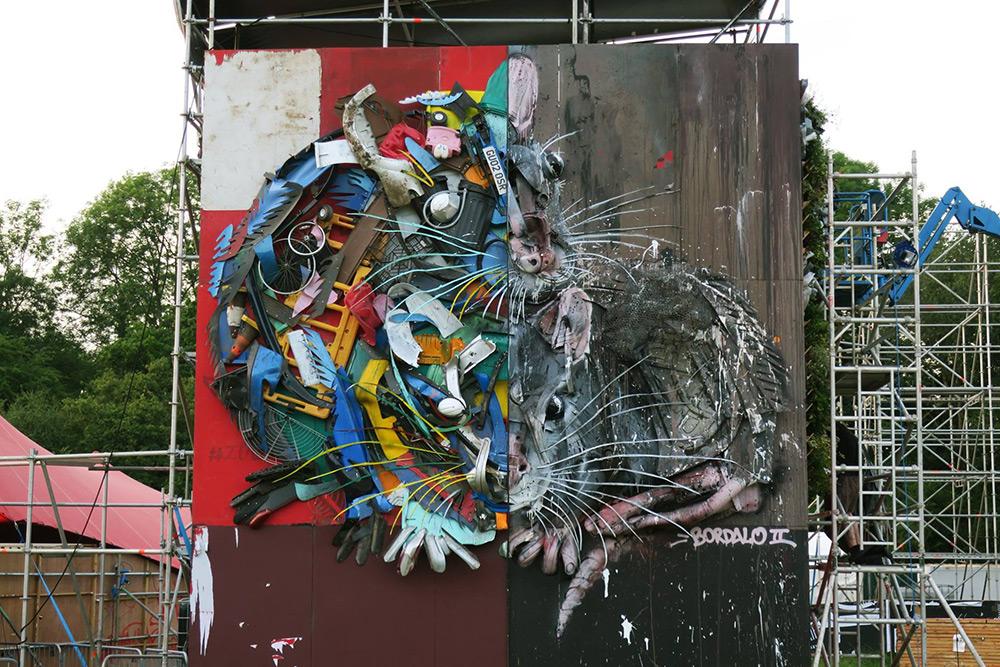 Bordalo II street art mice