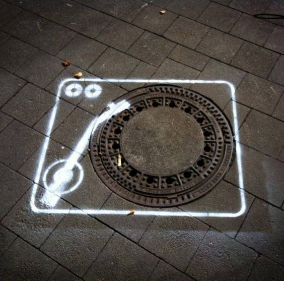 dj turntable street art